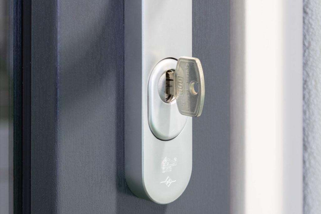 SKG slot kunststof deur