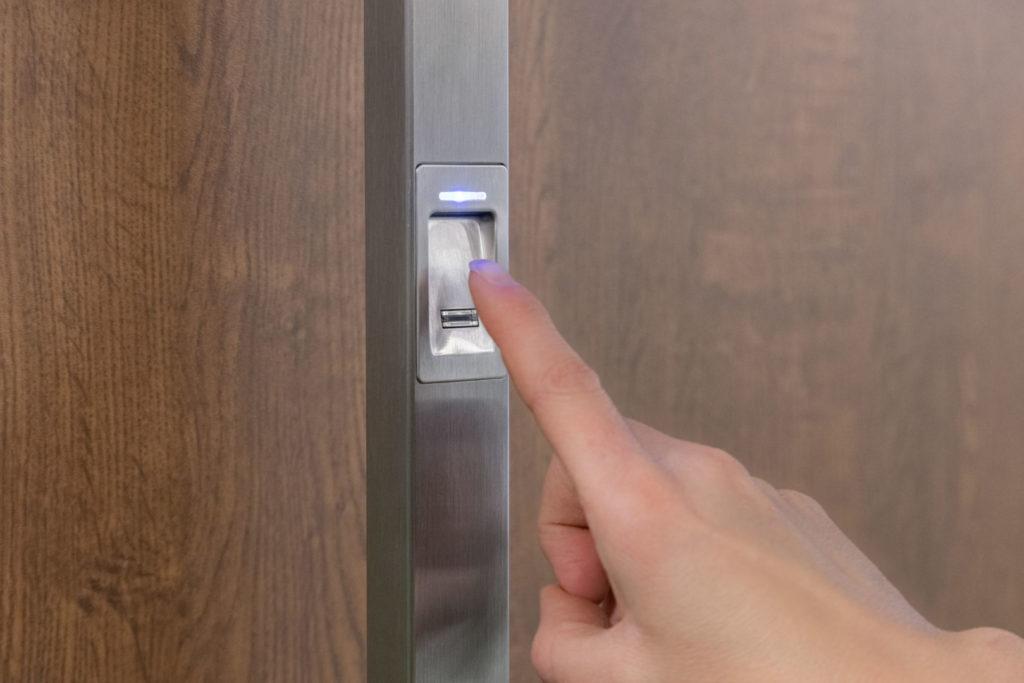 Voordeur met vingerscan